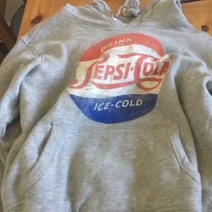 Fin hoodie ifrån Hm, används inte