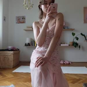 Vintage klänning / neglige! Kan mötas upp vid stigbergstorget/gbg eller 44kr frakt :)