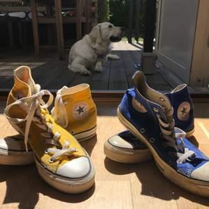 GULA ÄR SÅLDA 150kr stycket. Fina skor som jag inte använder längre för dem är för små. Lite smutsiga men det går att fixa. Köpare står för frakt!
