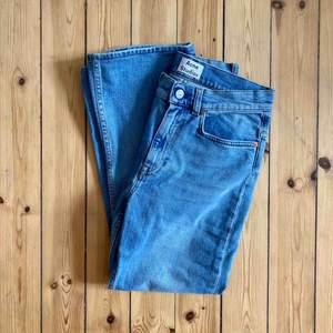💙Jättefina jeans från Acne Studios💙 Modellen heter Lita Clean!