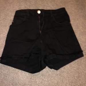 Jens shorts sorry för dålig bild, i bra skick