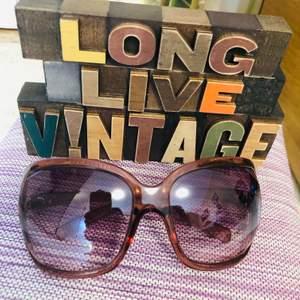 Eye wear sunglass, i bought in Japan. Sale for 170kr only free frakt 😎🎀👗💃🏼