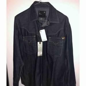 Helt ny G-star jeansskjorta med lappar i storlek M Nypris 849kr