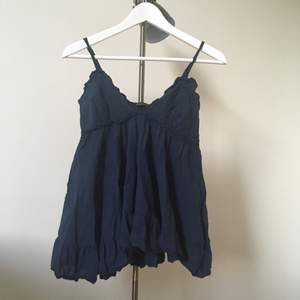 Made in Italy plagg som är väldigt bekväm att ha på. Säljer pga garderobrensning. Swish, jag står för frakt🌻
