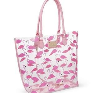 Köper mer än gärna denna väska från hunkemöller om någon har till salu!