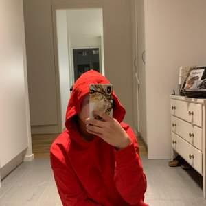Cool hoodie från Na-kd.