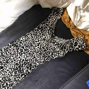 Klänning från H&M storlek s