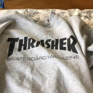 Äkta trasher hoodie säljes. Lite sönder (se bild 3) men det syns knappt. Asskön men har tröttnat