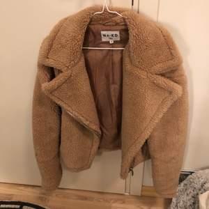 Teddyjacka från nakd , använd 2 gånger , köpt för 900kr