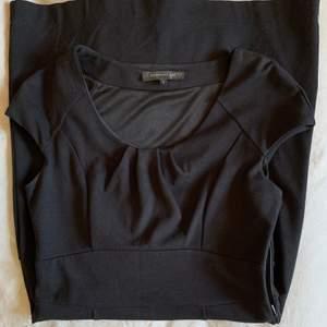 Svart klassisk finklänning från Stockholm LM (MQ), använd en gång👗