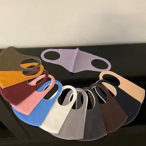 Tyg masker i flera olika färger! Glöm inte att stay safe 😷 50kr/styck 2 för 85kr