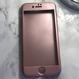 Har använts en gång. Är för iPhone 7G/8G. Skyddar mobilen jättemycket.