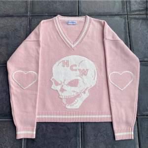 Ny tröja från Heaven can wait! Helt slutsåld! Storlek S! Köparen står för frakten! KÖP NU: 2000kr! Annars bud från 1500! (Säljs för runt 2000 på Depop)
