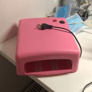 en av ljusrören kan vara trögstartade ibland och kan behöva en touch för att komma igång