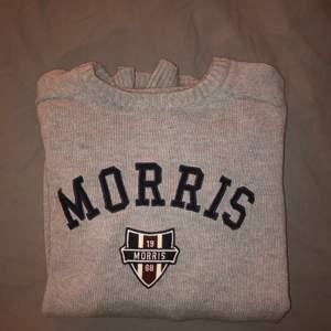 Morris tröja i väldigt bra skick. Storlek xs men passar även de med storlek s.
