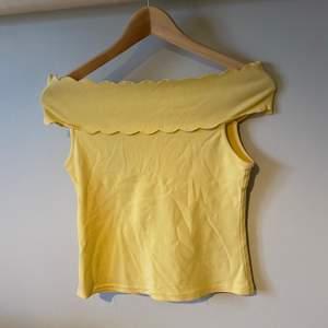 Fint linne som aldrig används säljes! Ganska stretchigt och mjukt material 🥰