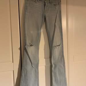 Sjukt snygga jeans som jag dessvärre växt ur