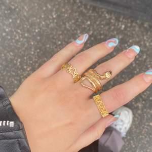 Super snygga ringar, alla för 70kr eller en för 30kr, justerbara