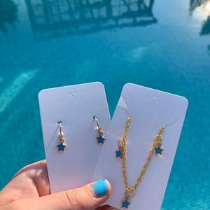 As fina stjärnörhängen matchande till liladant halsband!!🤩 till och med nickelfritt!!!😍 frakt tillkommer på 15kr!