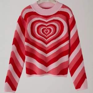 Säljer min sweater från Cider då den inte kommer till användning, som ny! Superskönt material o varm 🤍💗
