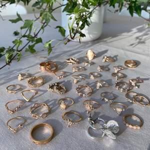 Guldfärgade ringar och örhängen, helt oanvända. 30kr/st, 4st för 95, 10st för 200 💕