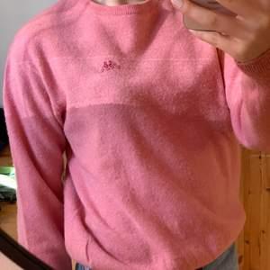 Stickad tröja köpt på Humana. Sjuk fin färg! Stl S och jättevarm och skön✨