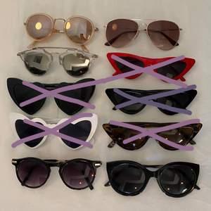 Rensat ut solglasögon som jag inte använder längre. De är olika mycket använda men alla är i bra skick! Bara att höra av sig om man undrar något ❤️ köparen står för frakt