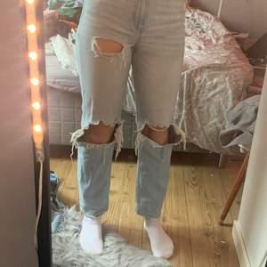 Ett par jätte fina jeans änvönder dock inte 🥰 kan mötas upp och ksk frakta