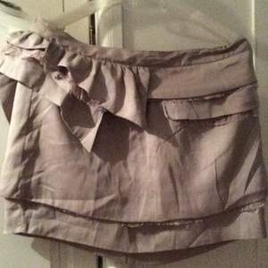 Top shop skirt in earth tone color. Lace detailing