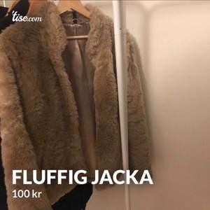 Bra skick, köparen står för frakten eller hämtas upp i Göteborg/ Kungälv.