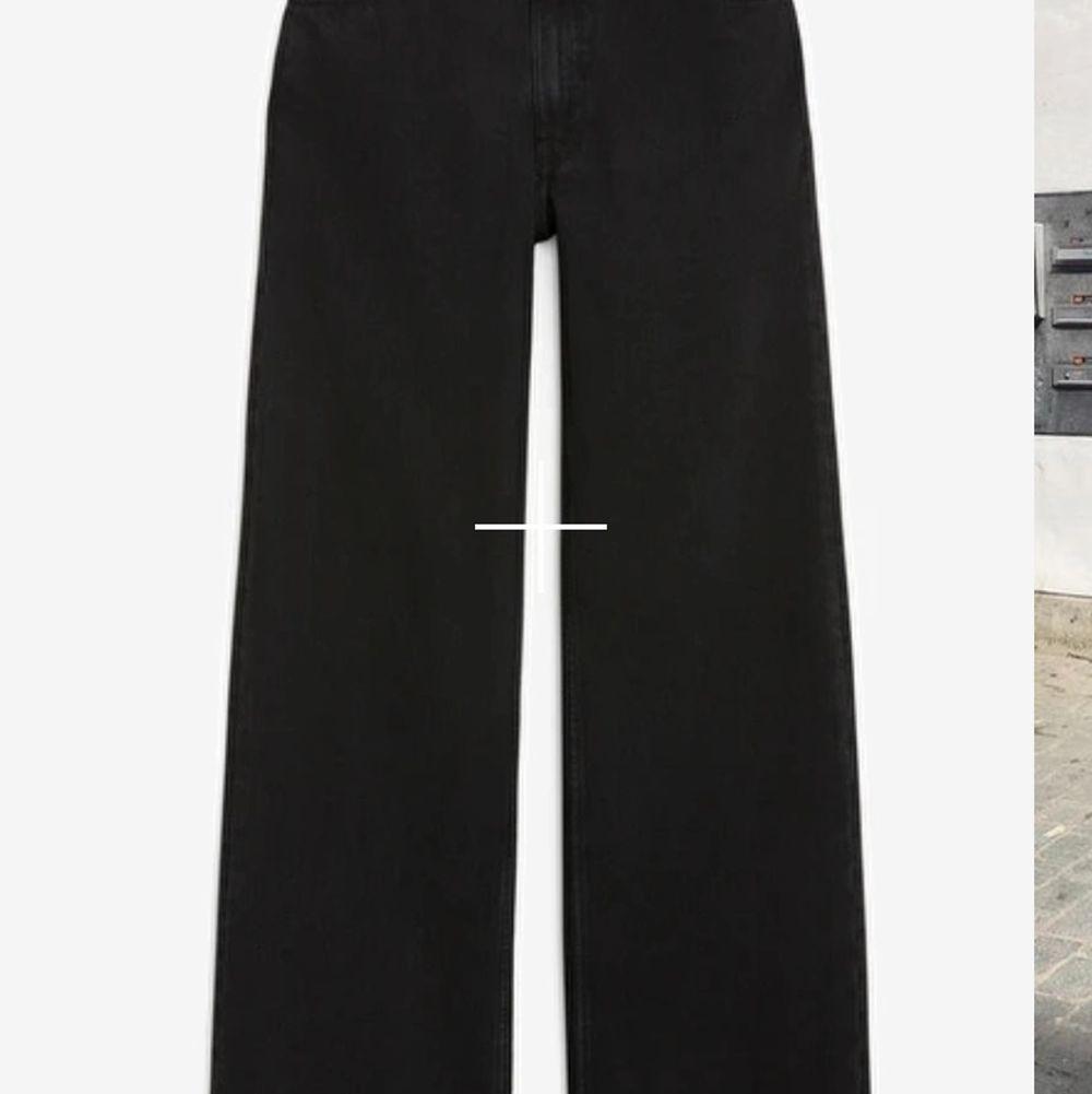 JÄTTEfina vida monki yoko jeans, älskar dom verkligen men de passar tyvärr inte längre❤️. Jeans & Byxor.