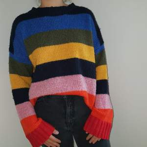 Struled Urban Outfitters Sweater, super comfortable and warm!