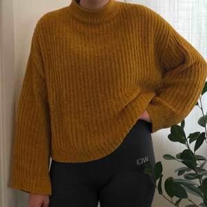 Jättemysig tröja från NEW LOOK. Köparen står för frakt.
