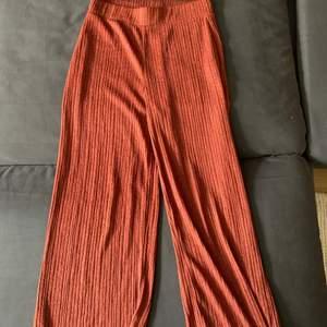 Mjukisbyxor ifrån Zara 100kr inklusive frakt