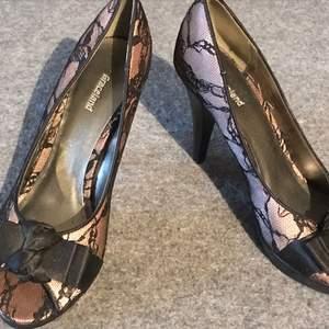 Helt underbara Graceland skor ! Med en rockabilly klänning och dessa så kommer du känna dig som en filmstjärna