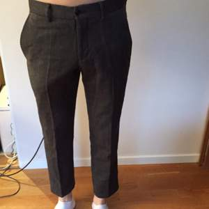 Suit pants size 46, fits like S. Bought at MQ, brand Bläck.