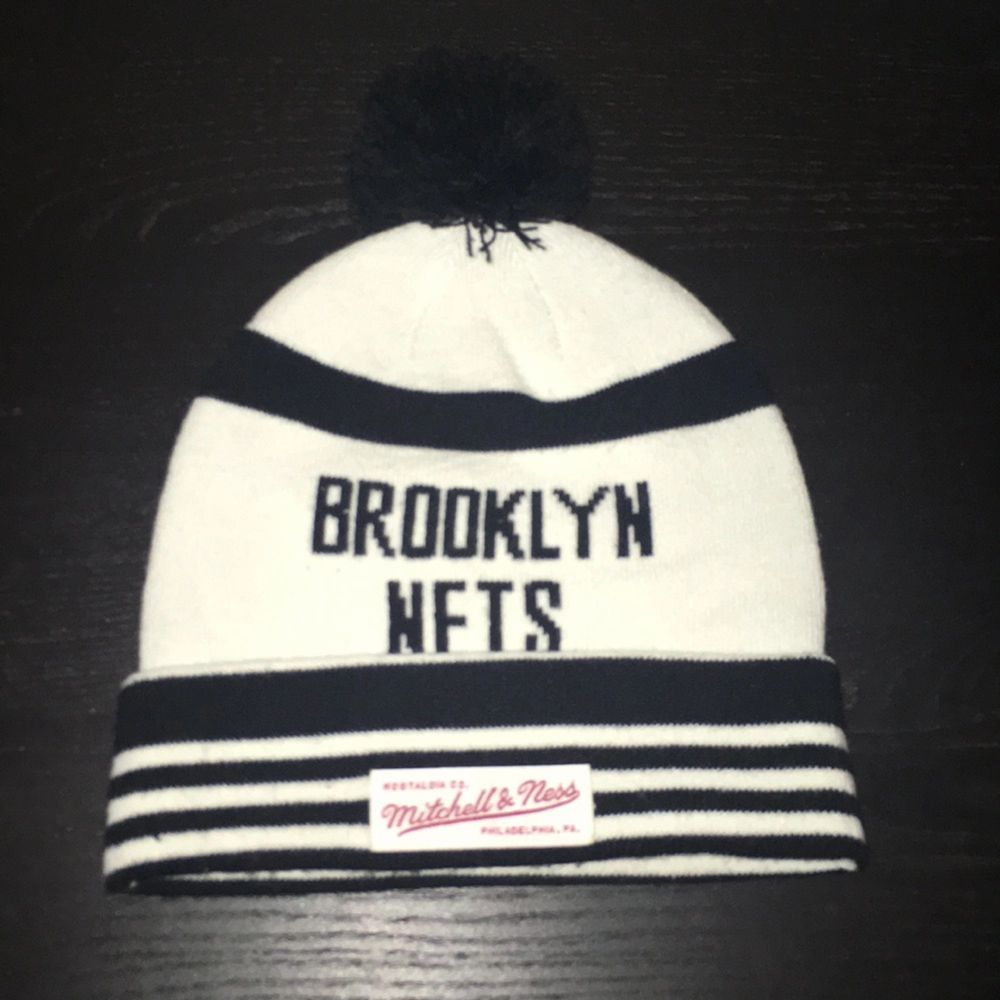 Äkta Brooklyn nets mössa helt oanvänd . Accessoarer.