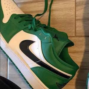 Gröna Low Jordans
