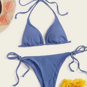 Helt oanvänd bikini från Shein. Jätte fin. Förliste så används inte 💕 frakt tillkommer på 25kr