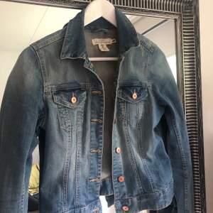 Snygg jeansjacka från h&m