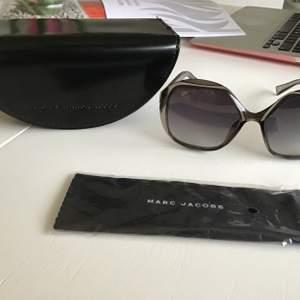 Helt nytt solglasögon , frakten ingår pris