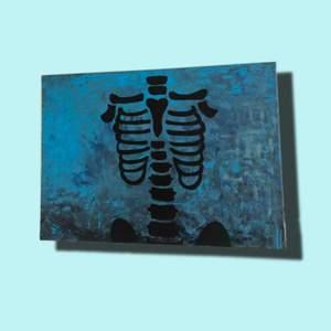 En intressekoll för en egenmålad blå tavla! Frakt tillkommer💓💓