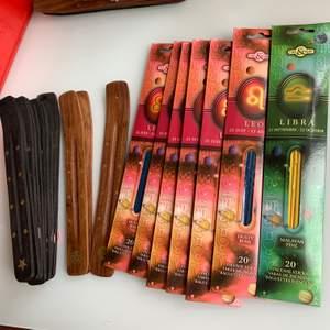 Rökelsehållare och rökelser :) Rökelser - 25kr /st  Hållare - 20kr /st  Leo - Dusty Rose (4 kvar) Libra - SÅLD