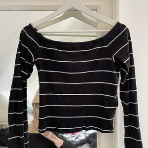 Randig tröja storlek M i bra skick :)