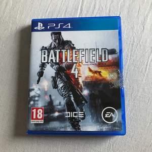 Battlefield 4 till PS4 i nyskick!! Inga skador eller repor. Är fler intresserade blir det budgivning.