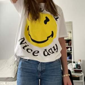 En fin t-shirt som inte kommer till användning!
