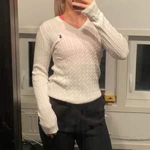 Fin vit stickad tröja från Ralph Lauren