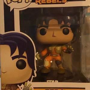 Star Wars Rebels Funko Pop; Ezra Vinyl Bobble-Head. Köptes för ungefär två år sedan; stod i förpackning.