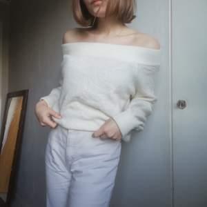 Stickad off the should er tröja från Hm! ❤️