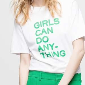 Säljer min jätte snygga Zadig Voltaire t-shirt som jag inte använder🥰